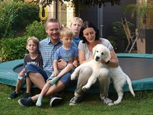 Familie mit Hund. Hier ist die Auswahl gut gelungen.