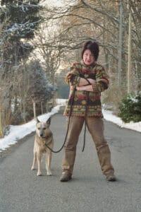 Trainerin mit Australian Cattle Dog